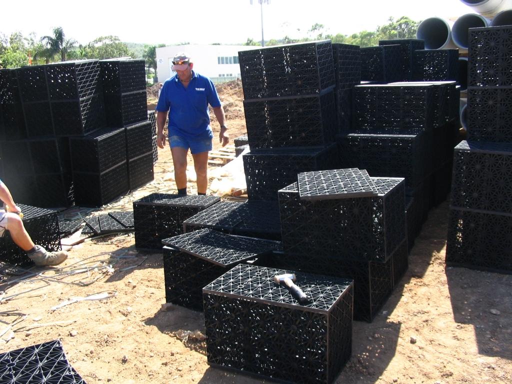 Civil Contractors Assemble 35m3 Atlantis Flo-Tank® Detention Tank