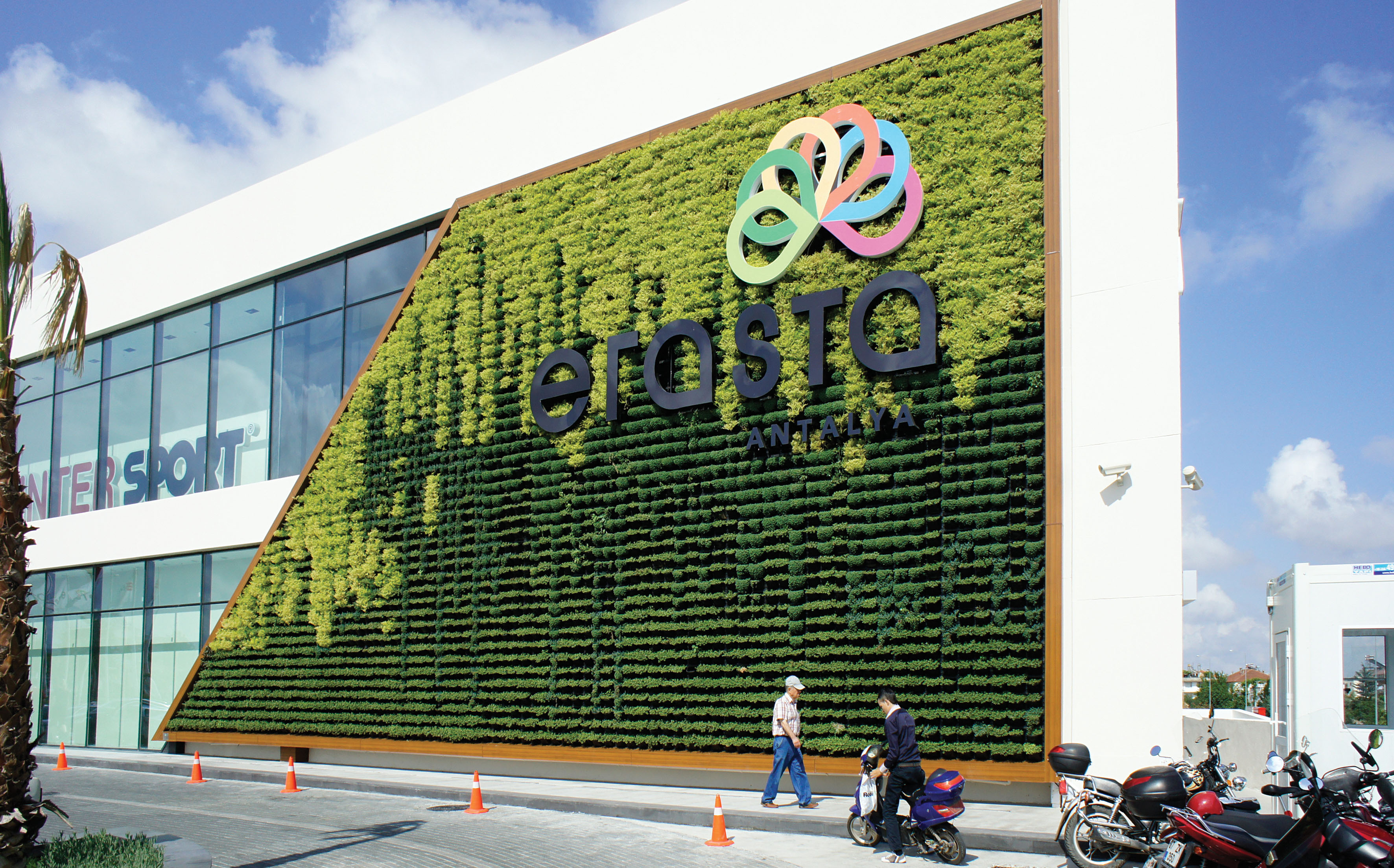 Atlantis Vertical Garden System Shopping Mall Turkey